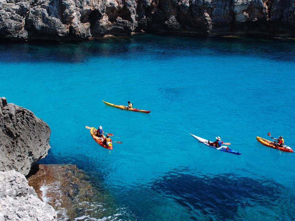 5 ways to enjoy Menorca with your couple