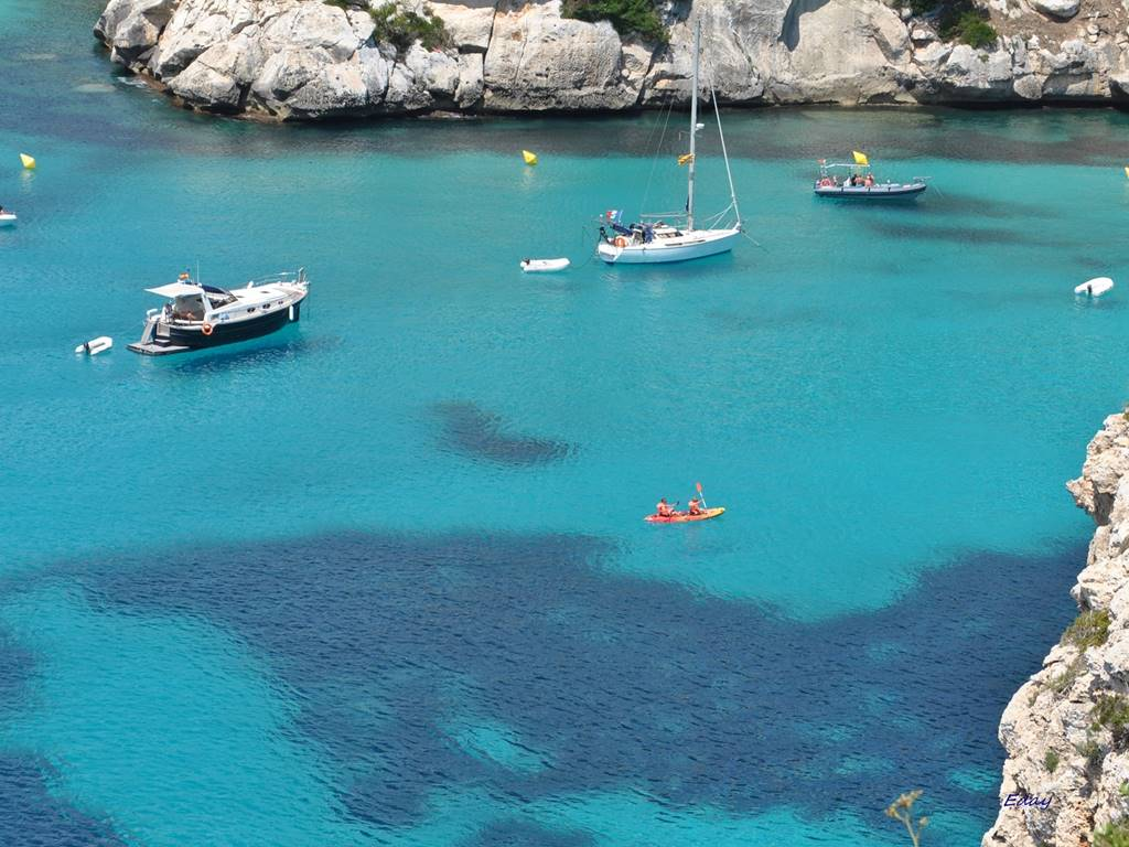 ¿Have you thought about going by kayak in Menorca?