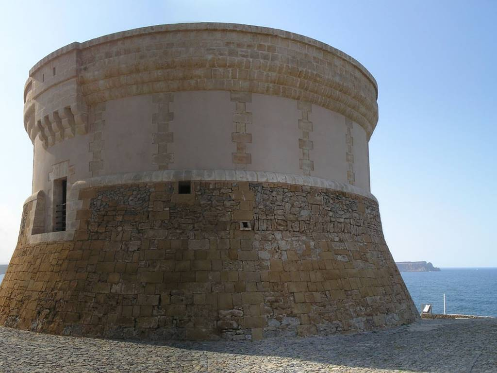 How much do you know about Menorca's british past?